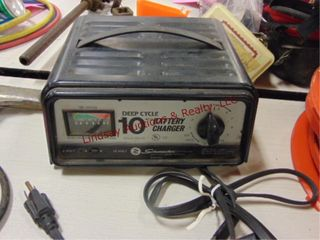Schumacher deep cycle 10amp battery charger