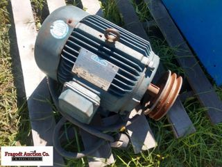 7.5 hp Leeson electric motor, 3 phase