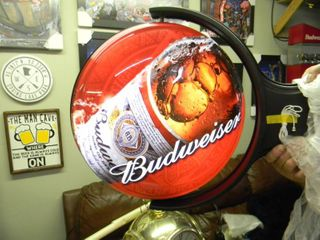 NEW IN BOX!!!!! ONLY OPENED FOR PICTURES!!!!! - BUDWEISER ROTATING PUB LIGHT - ANOTHER AWESOME PIECE FOR THE CAVE!!!!! - APPROX 20