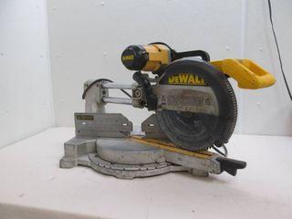 Dewalt sliding compound miter saw