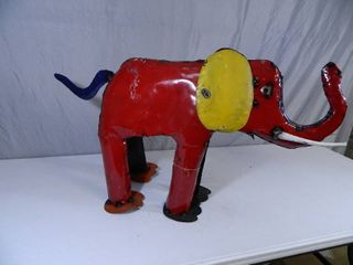 New Large Recycled Metal Garden Art Elephant