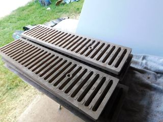 Trench drain grates