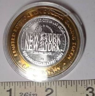 10 Gaming Token   New York New York  Silver
