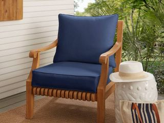 Sunbrella Indoor  Outdoor Deep Seating Cushion and Pillow Set NO CHAIR CUSHION and PIllOW ONlY
