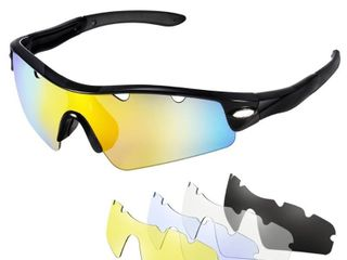 Cycling Sunglass with 5 Interchangeable lenses  1 Polarized Sunglass and 4 Common Sunglasses  100  UV400 Protection   Black