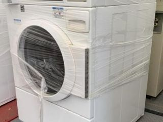 Speed Queen Commercial Washing Machine