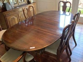 Dining Table w/8 Chairs