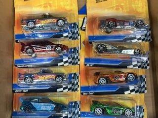 Flat: 10 Hot Wheels Race Aces Series