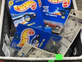 Box: Apx 40-50 Assorted Hot Wheels