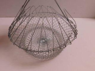 Wire Colander