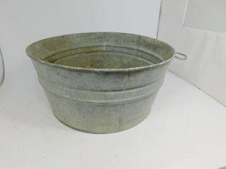 Vintage Galvanized Metal Washtub