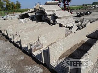 (5)-Concrete-feed-bunks--8-x30-_1.jpg