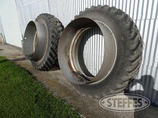 Armstrong-Hi-Traction_1.jpg
