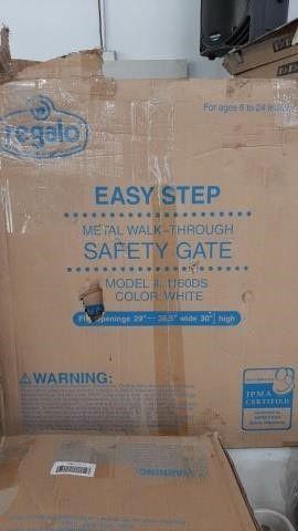 """REGALO SAFETY GATE 29"""" X 38"""""""