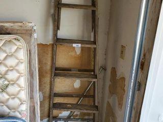 Werner 6  Wood ladder