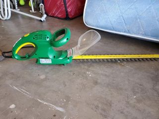 Weedeater Electric Trimmer