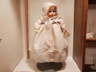 Victoria   A Madame Alexander Doll