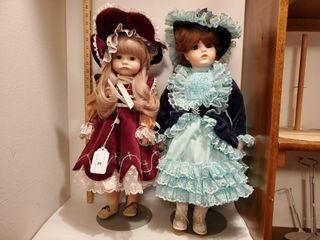 2 Dolls   21  tall