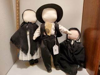 2 - Ruth's authentic Amish Doll Family