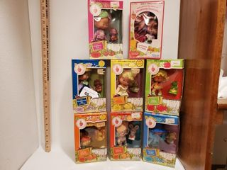 8   Strawberry Shortcake dolls by Kenner