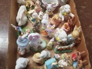 BOX OF MISCEllANOUS BUNNIES