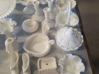 FENTON MIlK GlASS WITH HOBNAIl BUMPS  MANY
