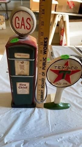GAS PUMP MADE OF TIN AND IS A COIN BANK