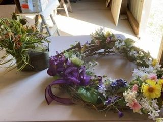 SPRING WREATH20IJ AND RUSTIC WATERING CAN AND