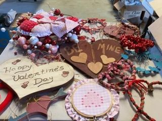 MANY MANY VAlENTINE DECORATIONS