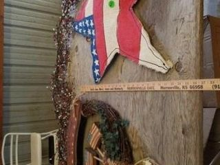 FOURTH OF JUlY   GARlAND  BURlAP STAR  GRAPEVINE