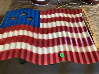 AMERICAN FlAG THAT IS METAl