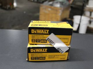 Dewalt 2  Boxes 20 GA Galvan Carpet Staples