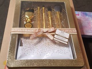 Olivia Grace 24K Gold luminous Style Makeup Brush Collection with Beauty Bag
