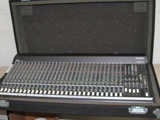 Mackie SR32.4 VLZ 4 Bus Pro Audio Mixing Console Mixer with Grundorf Case