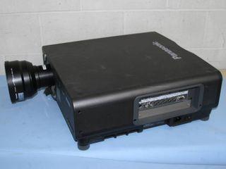 Panasonic PT-DW7000U-K 3-Chip DLP Widescreen 6000 ANSI Lumen Projector w/ Lens