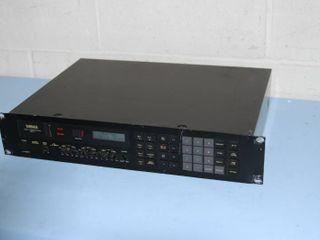 Vintage Pro Audio - Yamaha Professional Digital Reverberator Rev7