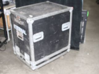 Large ATA-Rated Shipping Travel Storage Heavy Duty Hard Sided Equipment Road Case with Casters
