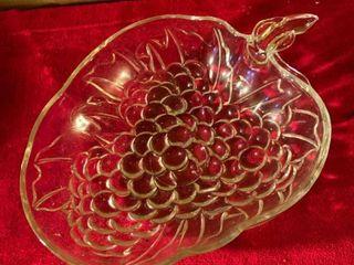 Glass Grape Bowl location lR Shelf A