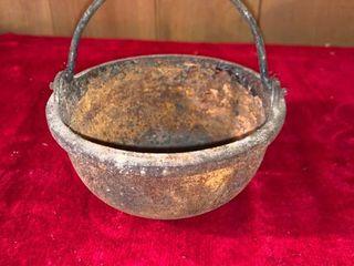 Small Cast Iron Melting Pot location lR Shelf A