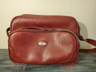 Verdi Red leather Bag with Shoulder Strap