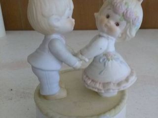 Enesco True love Music Box Tested And Working