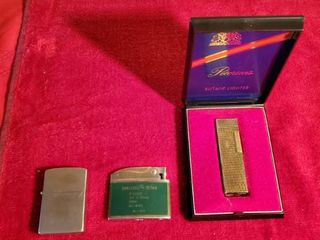 lot if 3 Vintage lighters