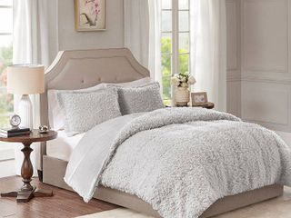 Madison Park Zoe 100 percent Polyester Solid Faux Fur Comforter Set Retail 92 69
