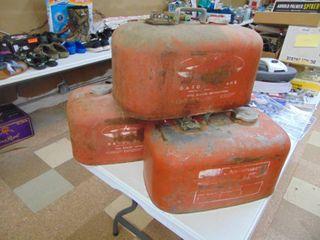3 Johnson 4 Gallon Metl Boat Tanks