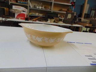 Large Pyrex Mixing Bowl