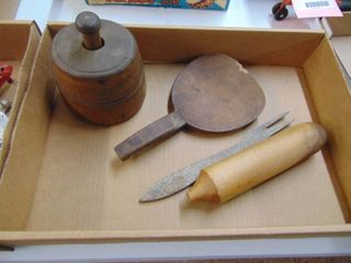 Kitchen Primitives with Butter Mold