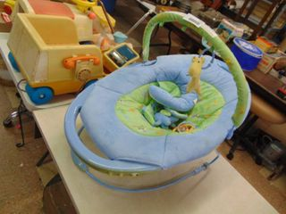 Infant Bouncy Seat   Used   Clean