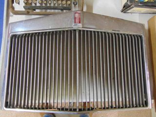 lincoln Mark IV Grille
