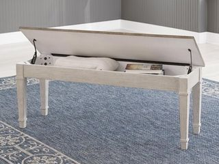 Skempton Casual Storage Bench  White  Retail 127 05