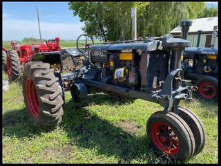 Farmall F-20, Grey, 14.9-28 on Rear Flat Spoke Wheels, Round Spoke Fronts, Factory Flat Top Fenders,